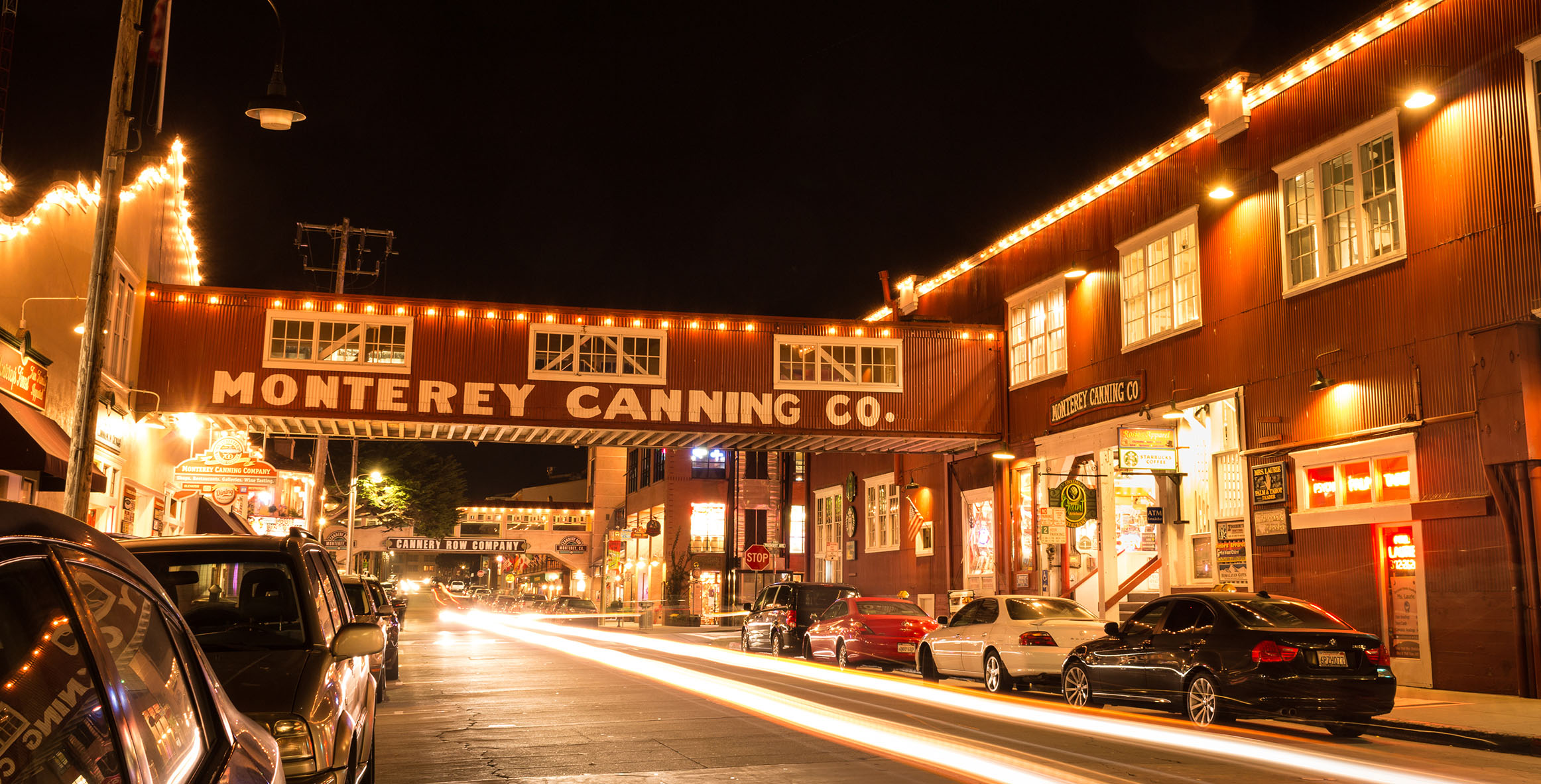 ENJOY QUICK ACCESS TO MONTEREY'S TOP ATTRACTIONS AND ENTERTAINMENT